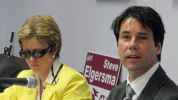 Eric Hoskins, right, on Oct. 6, 2008.
