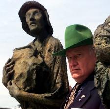 Eugene Whelan in Dublin on June 15, 1999.