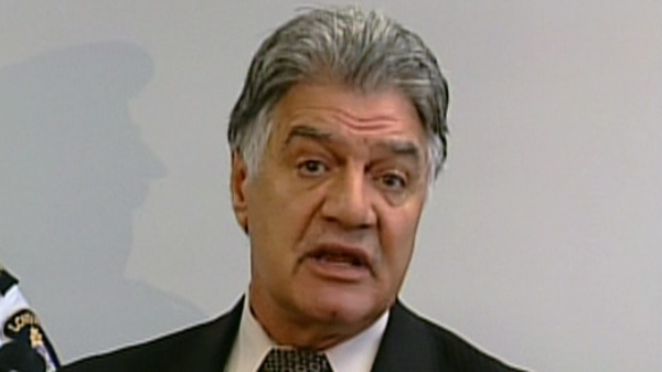 London Mayor Joe Fontana updates the media on the Occupy London eviction from Victoria Park, in London Ont., Wednesday, Nov. 9, 2011.