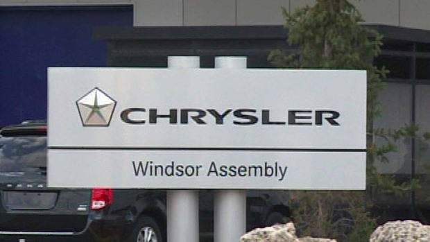 Canadian autoworkers ratify new GM contract