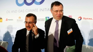 Amin Nasser, President and CEO of Saudi Aramco, left, and Patrick Pouyanne, CEO of French oil giant Total leave after a meeting, Friday, Oct. 16, 2015 in Paris, France. (AP / Jacques Brinon)
