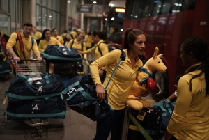 Australia's olympic athletes arrive to the Tom Jobim International Airport, in Rio de Janeiro, Brazil, Tuesday, July 26, 2016. (AP / Leo Correa)