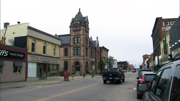 A street in downtown Woodstock, Ont., is pictured on Wednesday, Oct. 26, 2016.