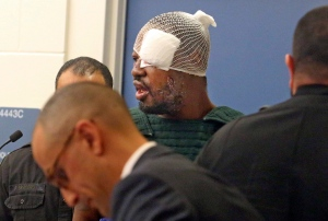 Markeith Loyd, suspected of fatally shooting a Florida police officer, attends his initial court appearance at the Orange County Jail, Thursday, Jan. 19, 2017. (Red Huber / Orlando Sentinel via AP)