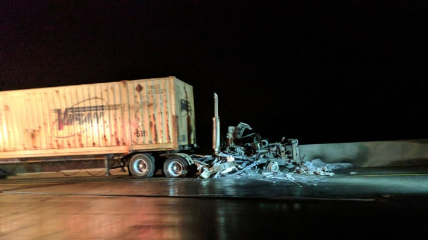 One critically injured in fiery Hwy 401 crash